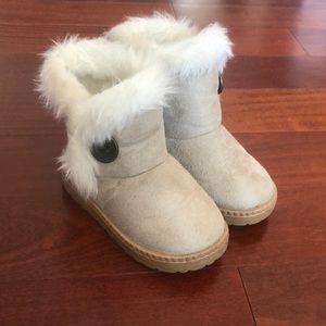 Girls boots fuzzy stylish shoes